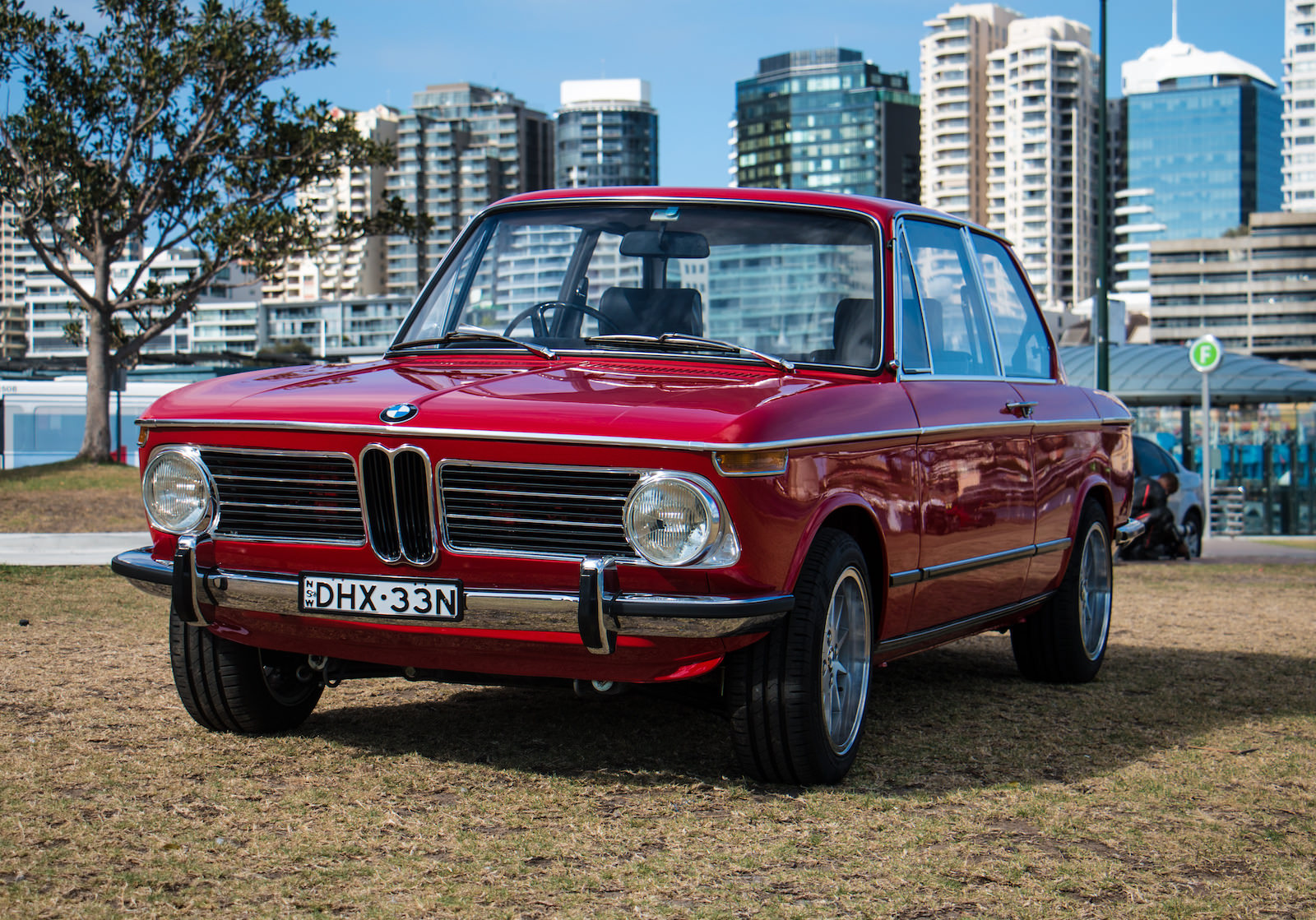 BMW-2002-Car-6.jpg