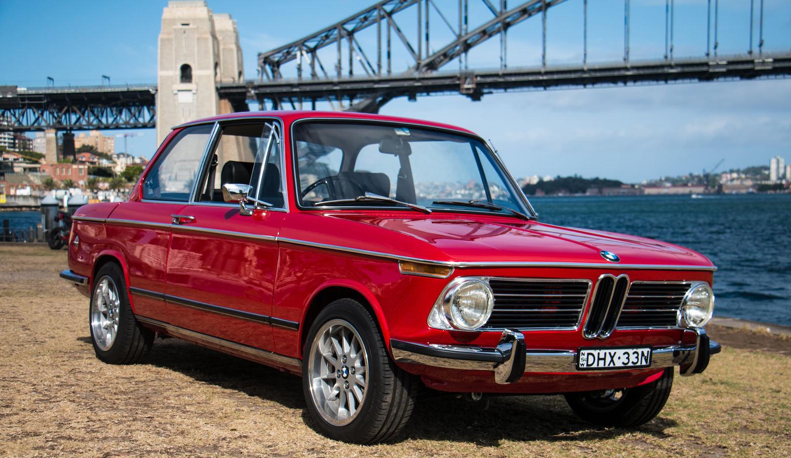 BMW-2002-Car-8.jpg