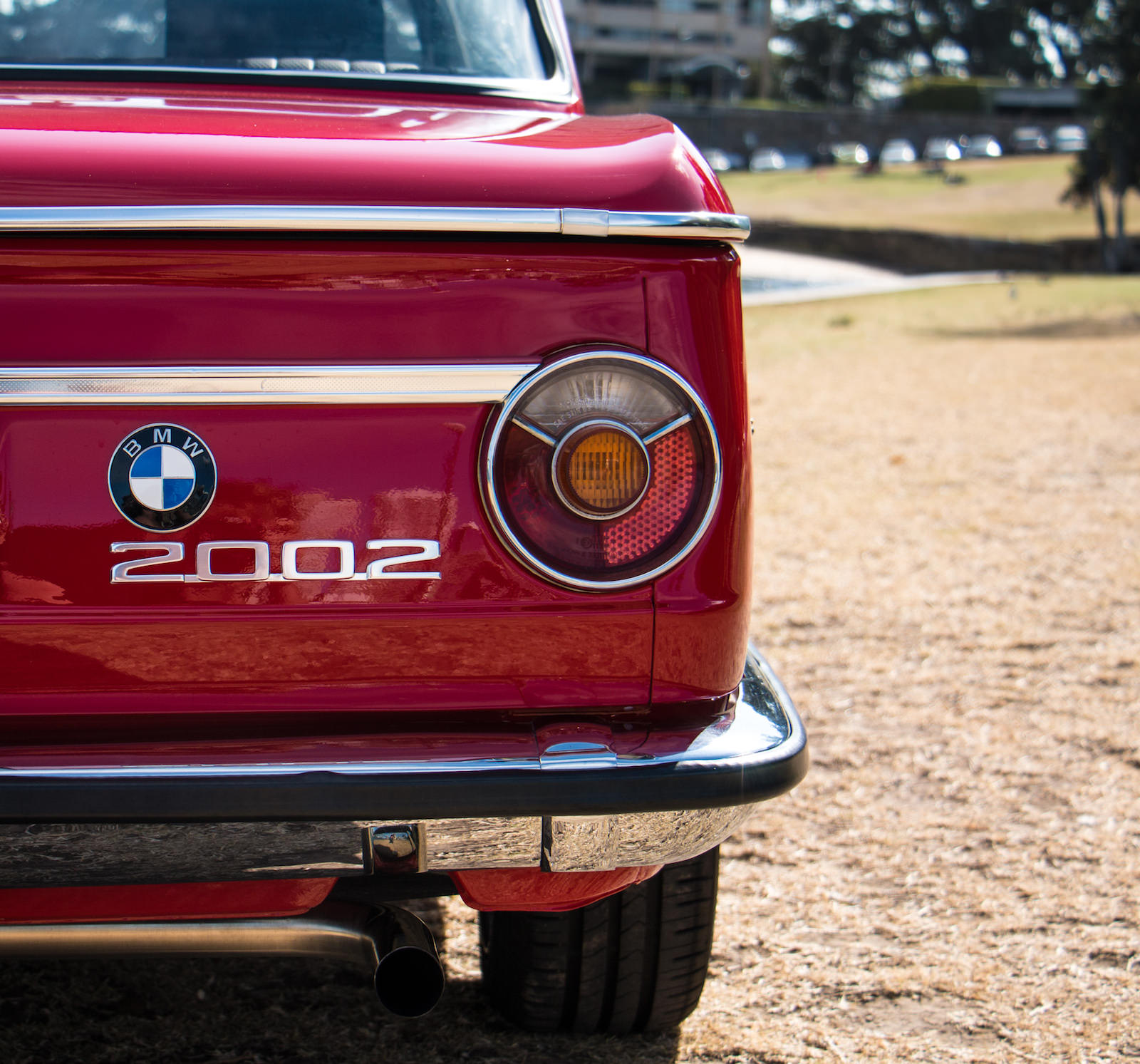 BMW-2002-Car-14.jpg