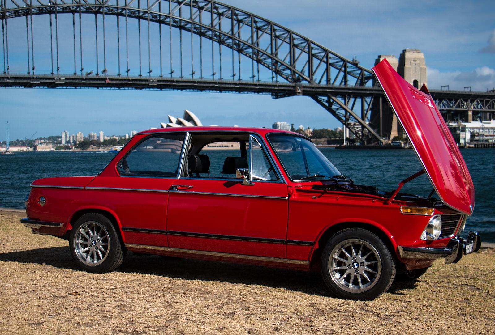 BMW-2002-Car-25.jpg