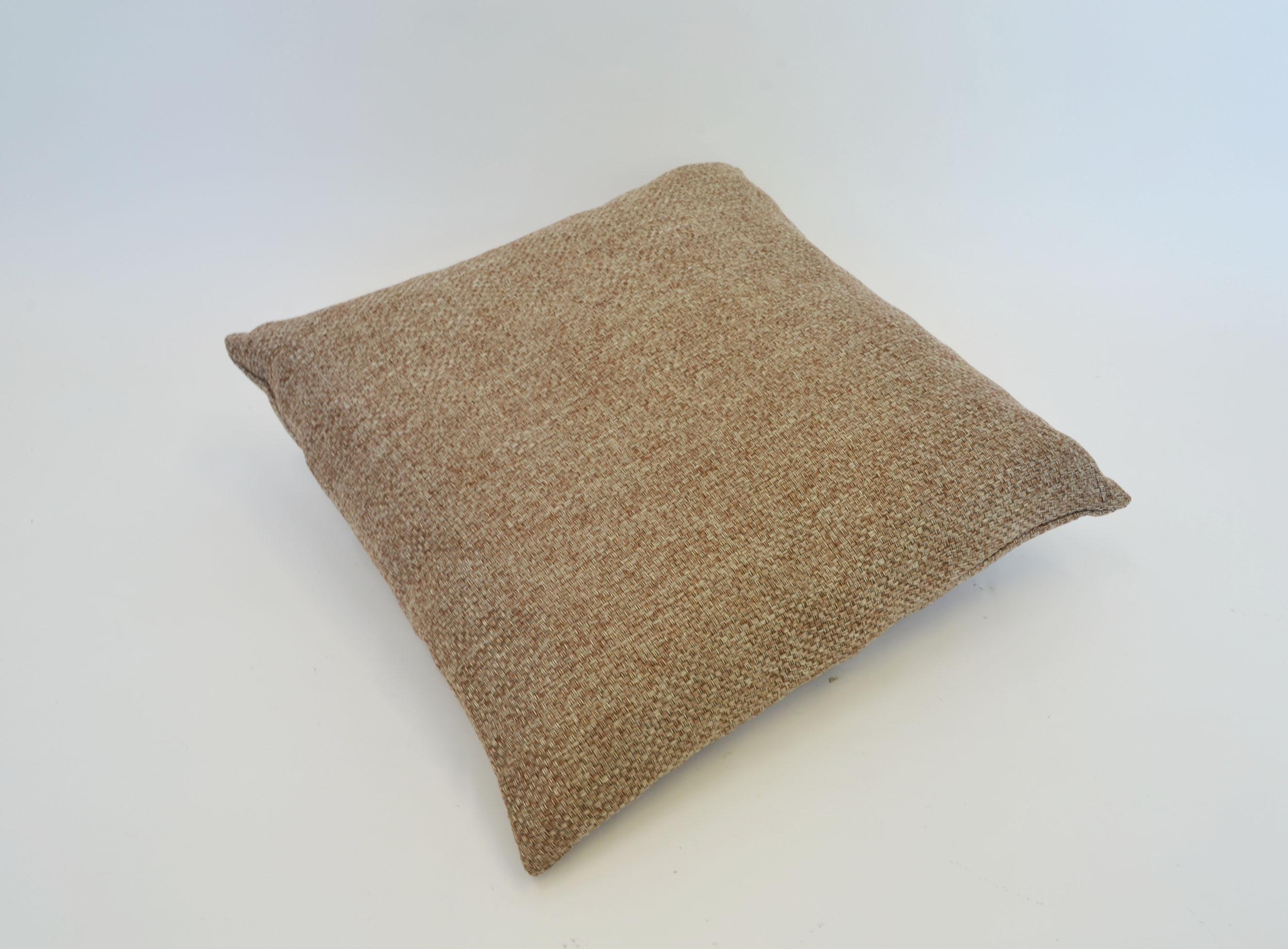 burlap pillow   Quantity: 1  Price: $10.00