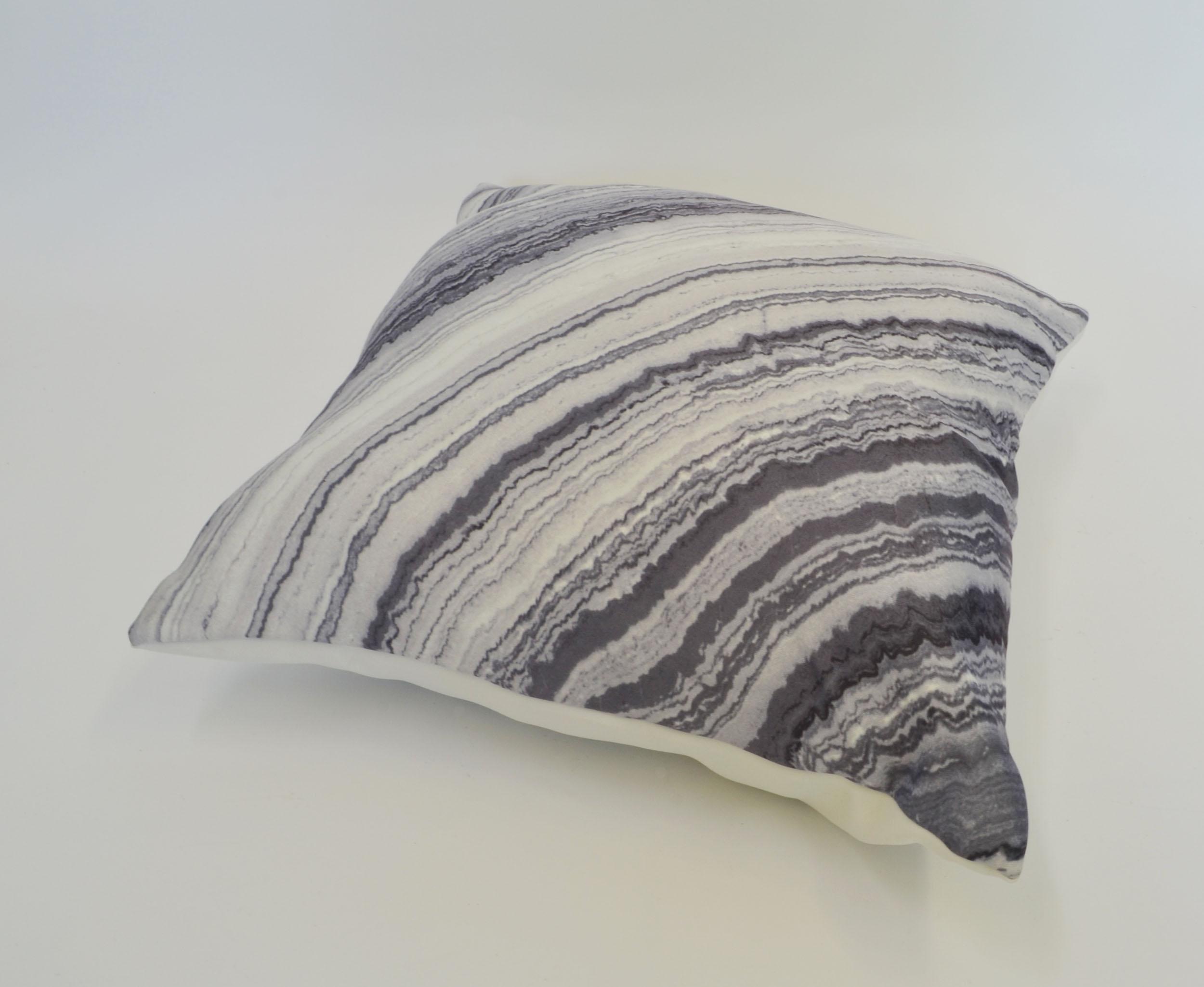 grey agate pillow   Quantity: 2  Price: $10.00
