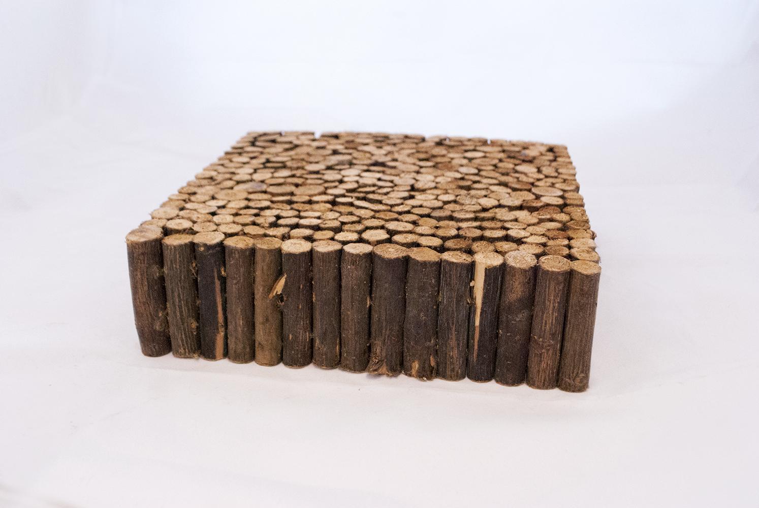wood riser   Quantity: 1  Price: