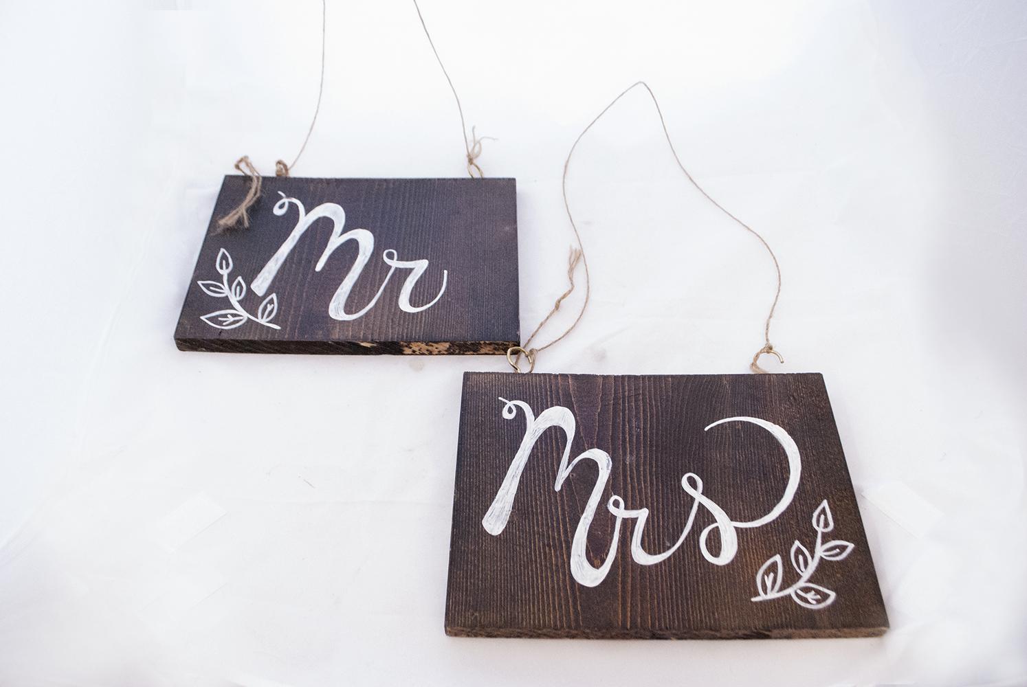 Mr. & Mrs. wood blocks  Quantity: 1  Price: $30.00