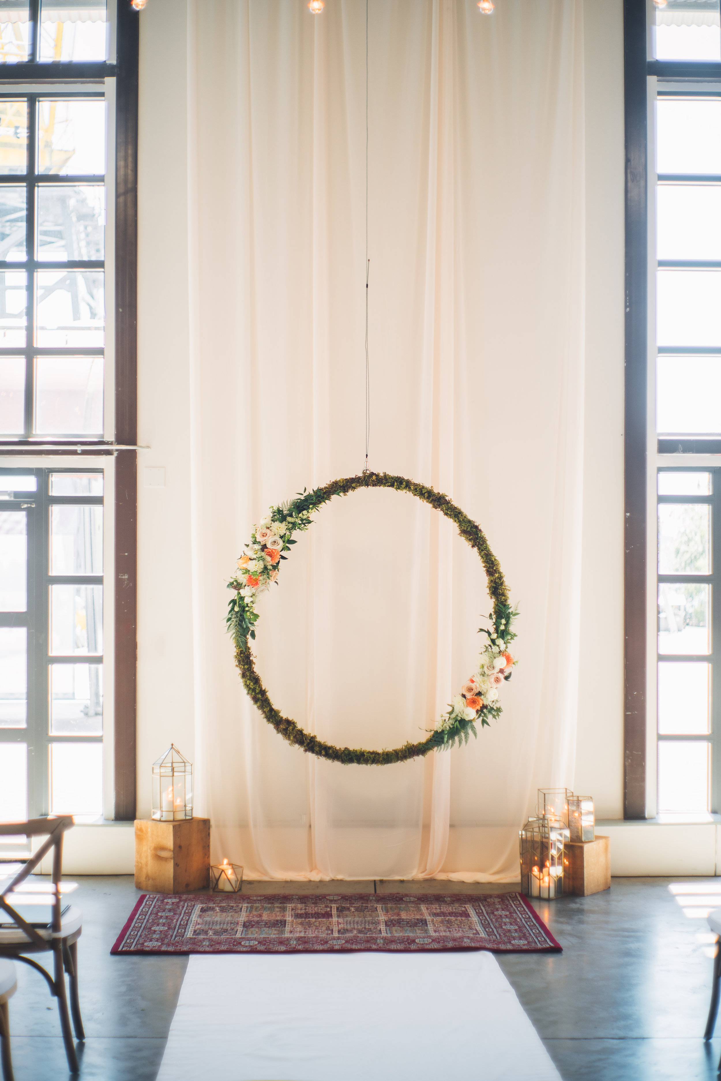 (Large) 5' greenery hoop (small) 3' greenery hoop   Quantity: (L - 1) , (s- 3)  Price: $450.00 - $150