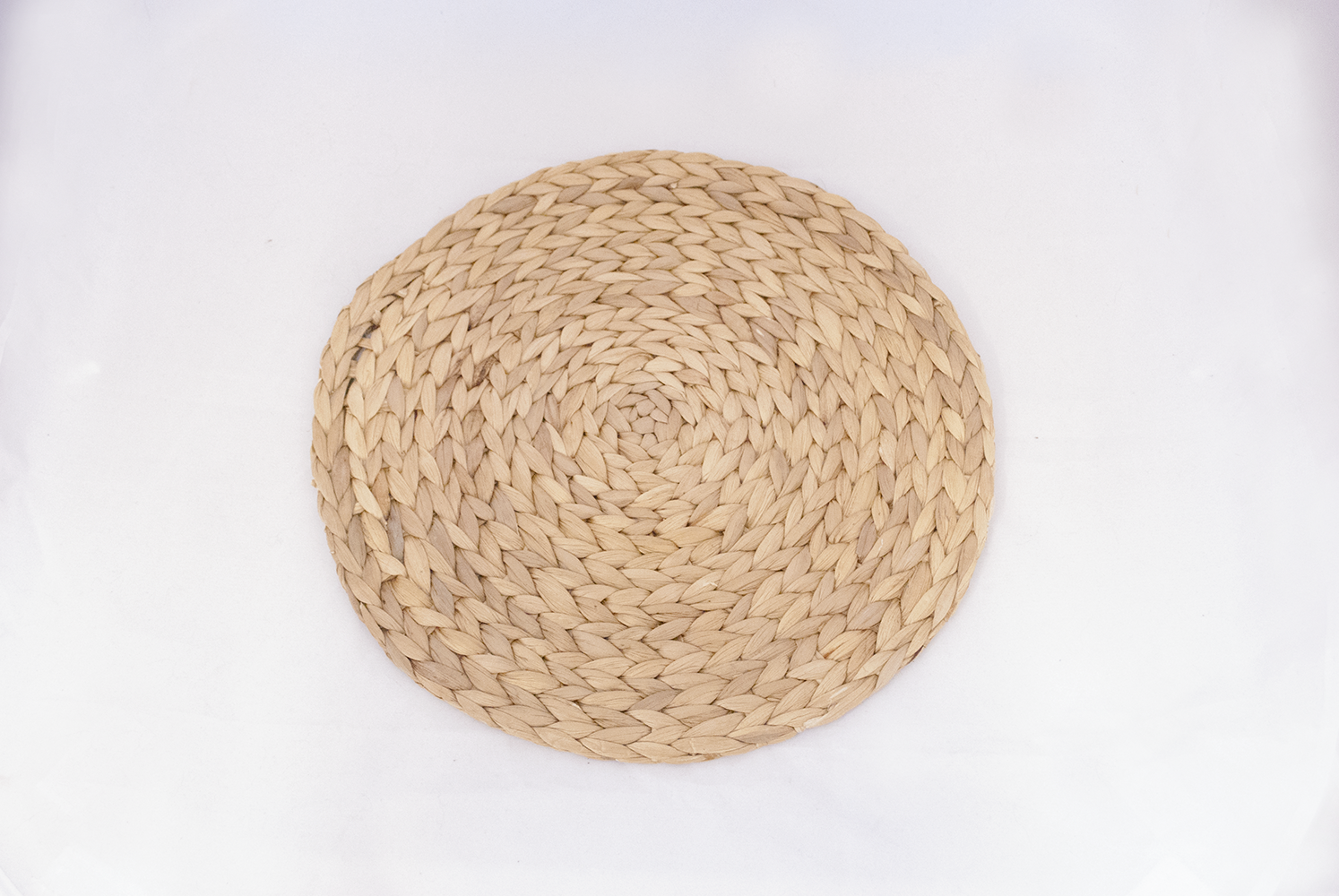 neutral weaved charger   Quantity: 72  Price: $3.50