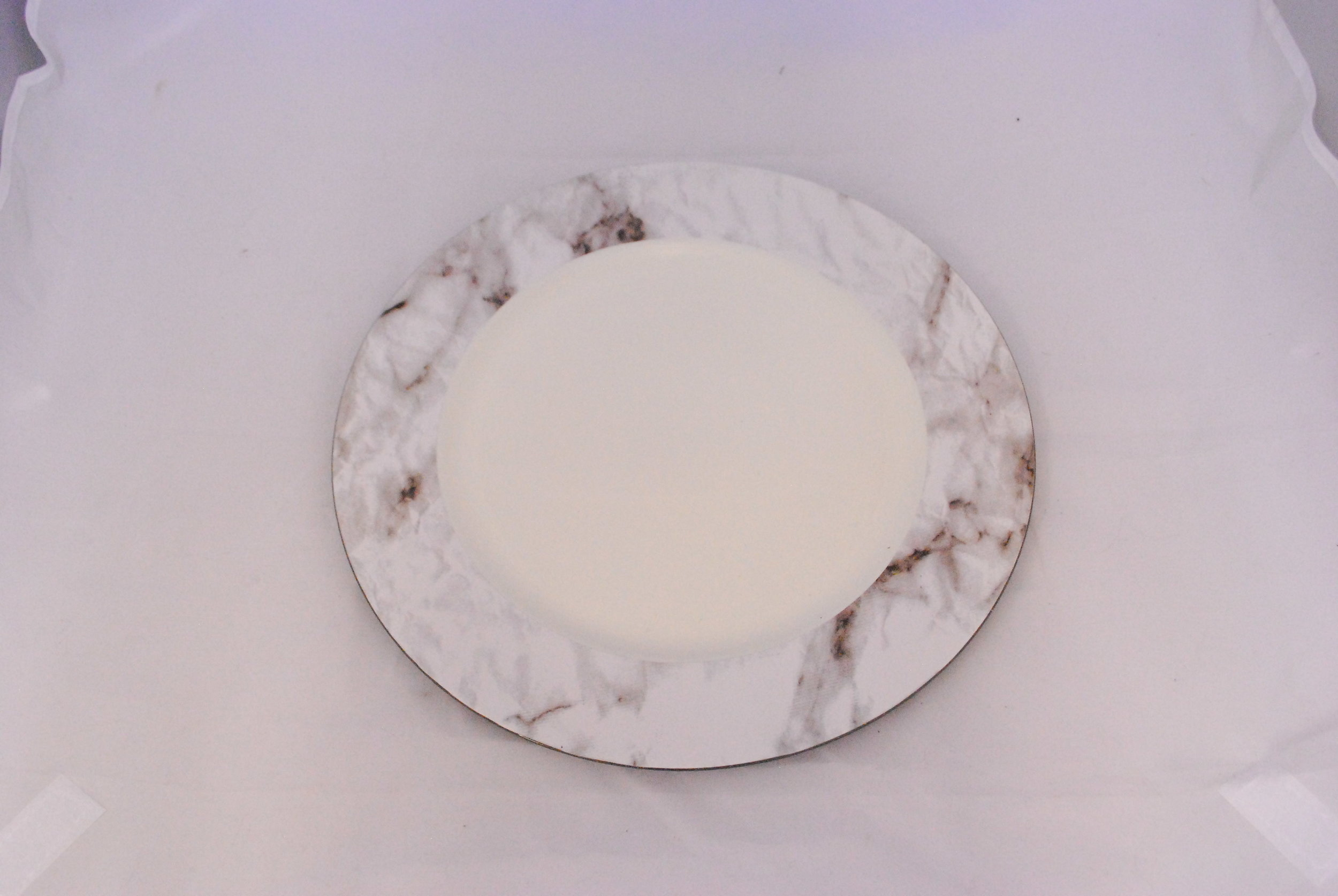 marble resin charger   Quantity: 100  Price: $3.50