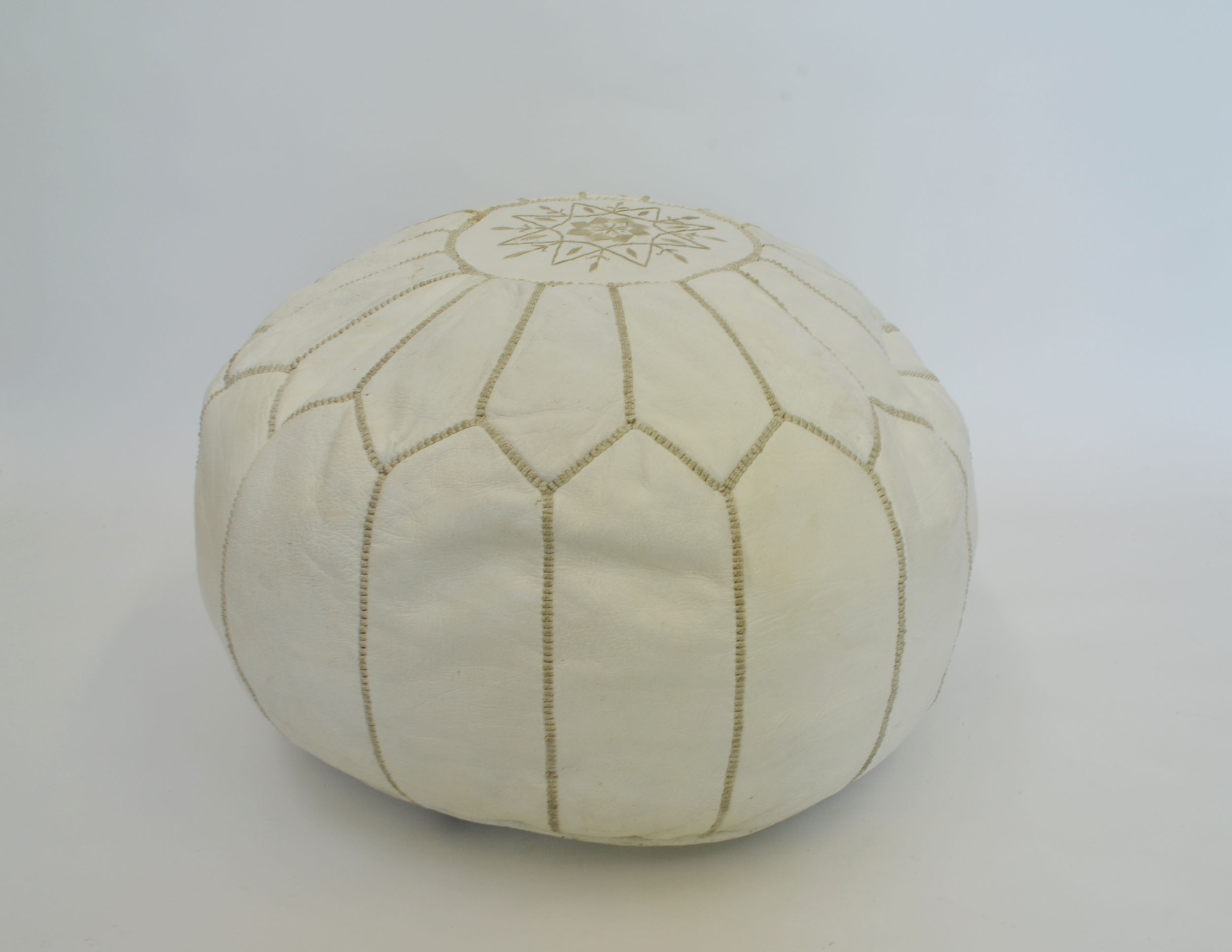 white leather POUF   QUANTITY: 1  PRICE: $25.00