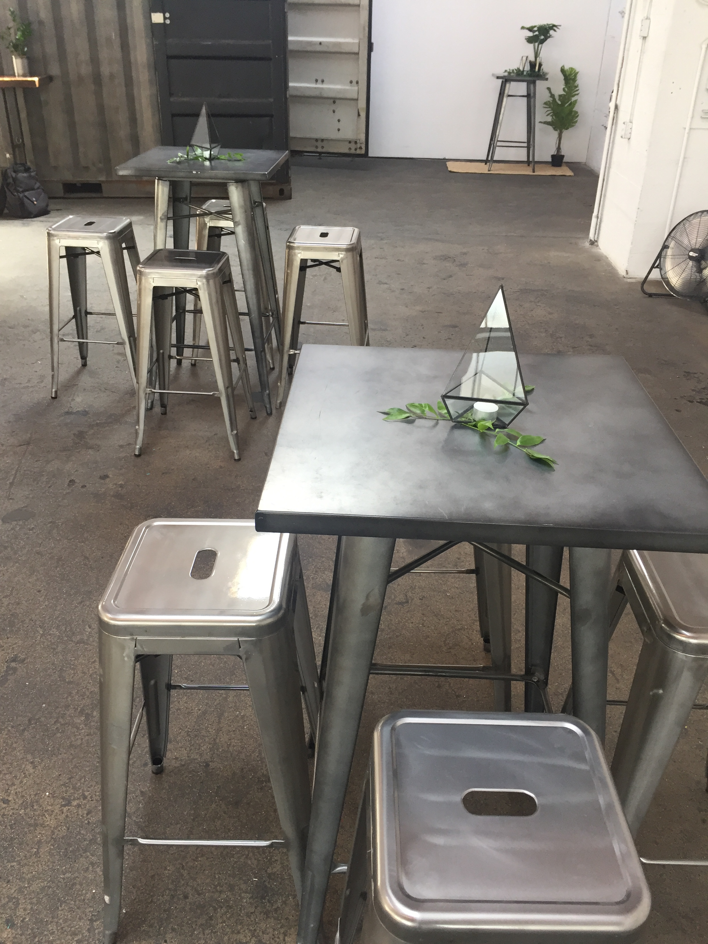 silver bar stool   Quantity: 30  Price: $10.50