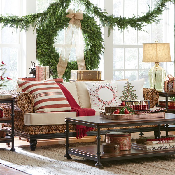 Christmas Living Room Inspiration with Fresh Wreath and Red