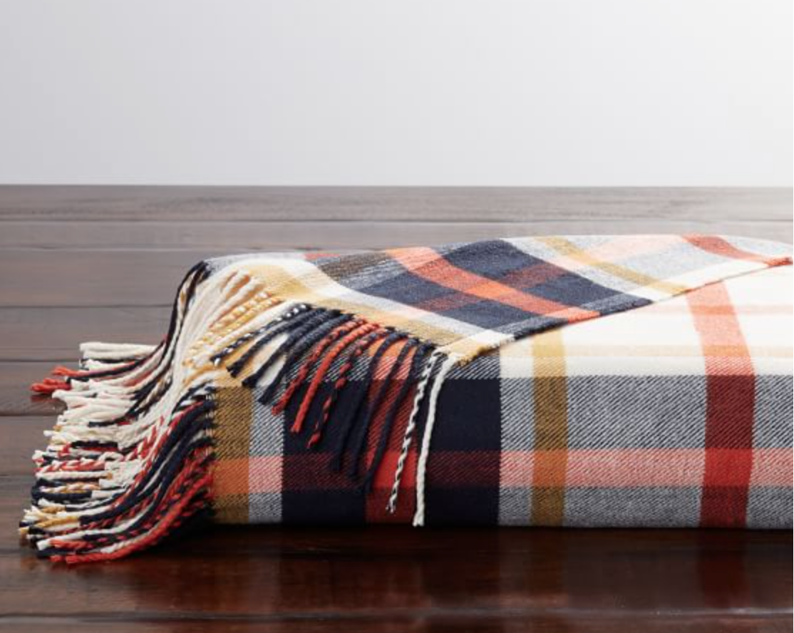 Flannel Throw Blanket for Fall and Winter