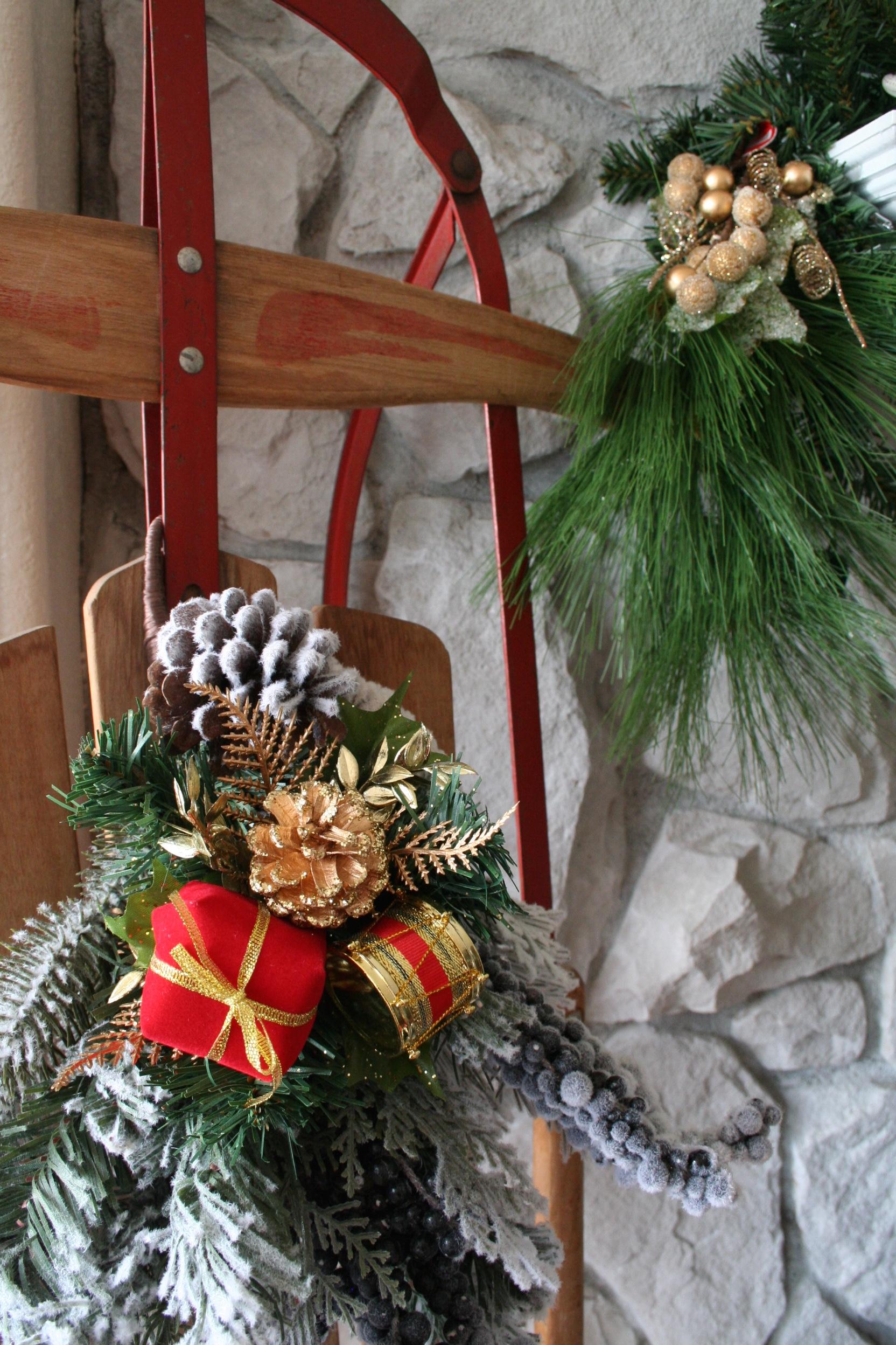 Coastal Christmas Mantle Idea