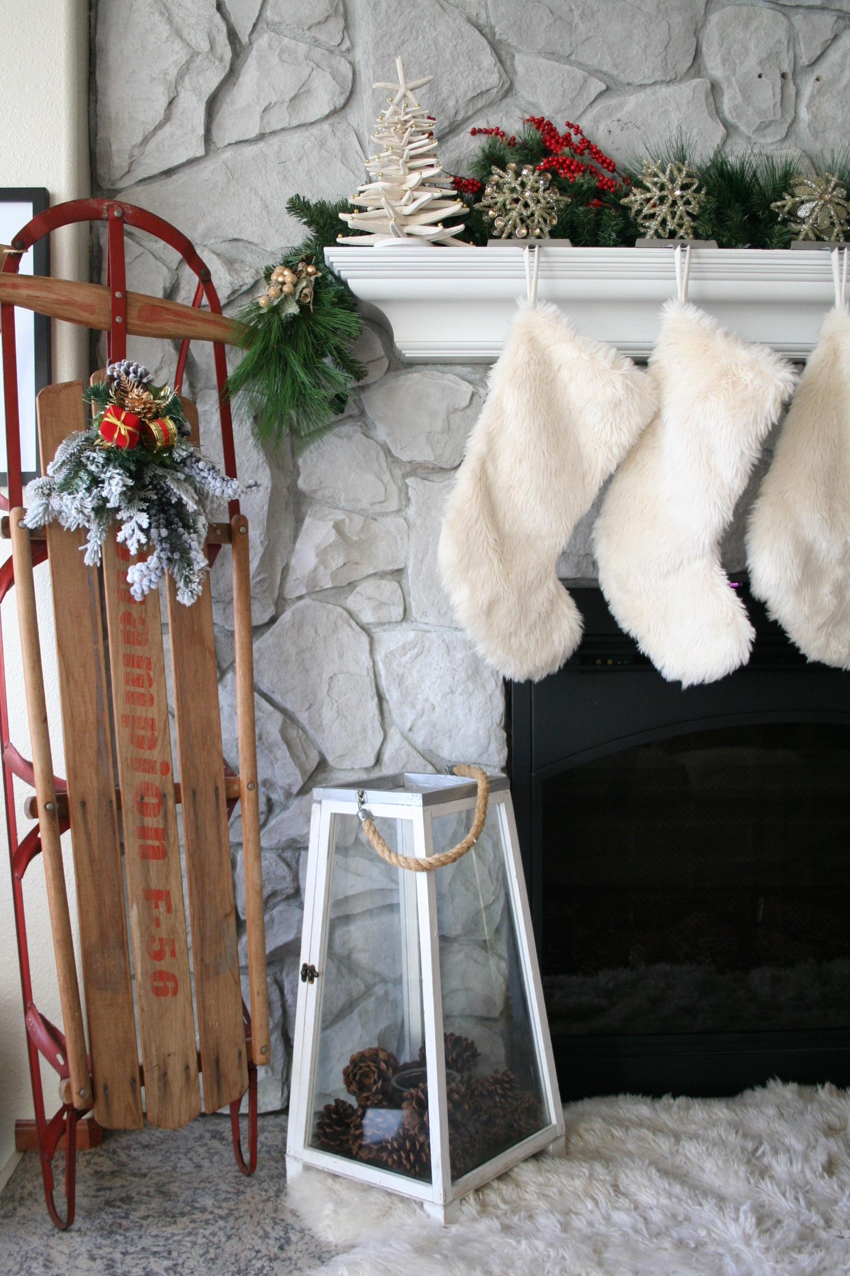 Coastal Christmas Fireplace