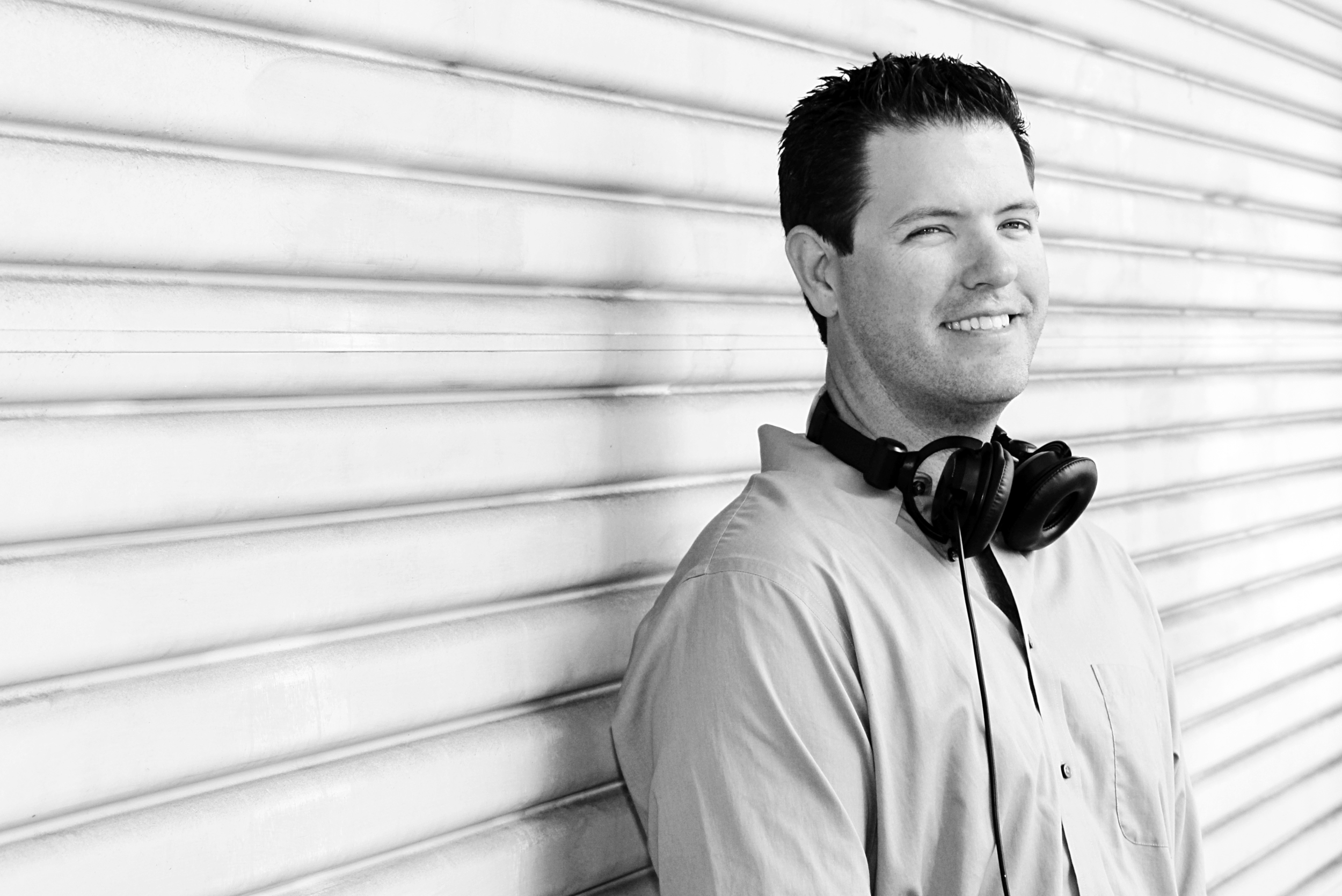 Dj David Cutler with hit it music productions