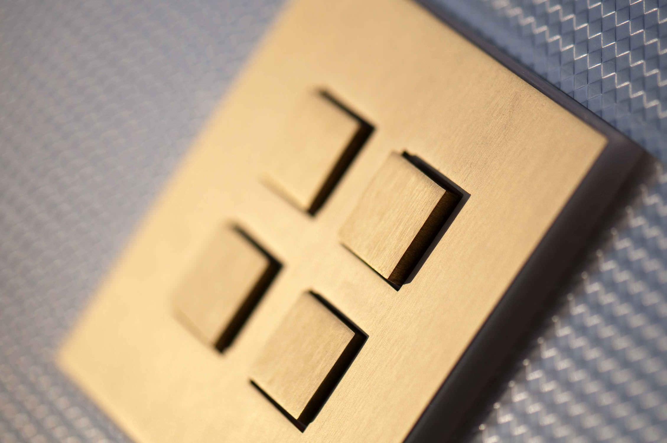 light-switch-push-button-quadruple-stainless-steel-49562-2104569.jpg