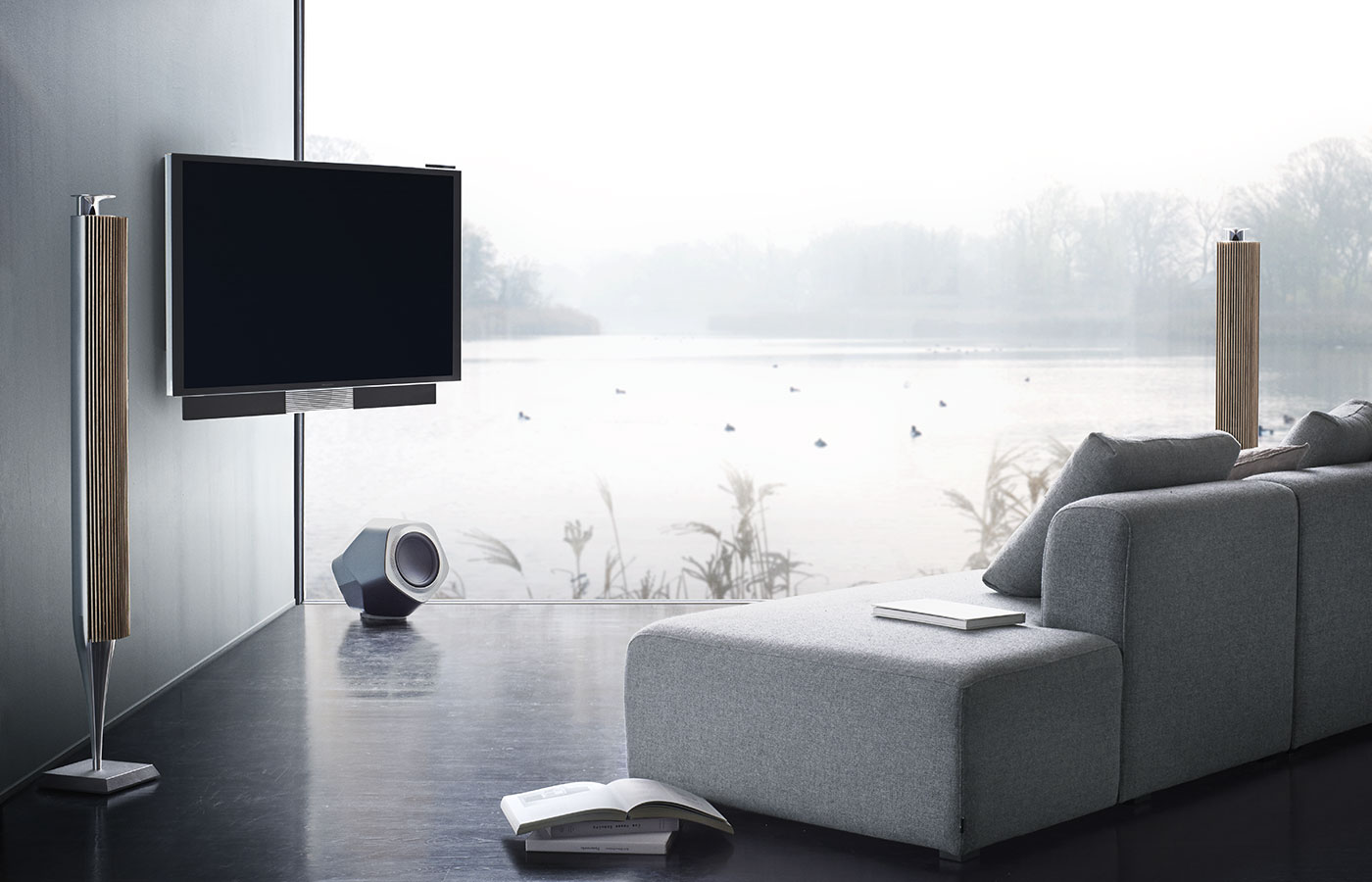 bang-olufsen-beovision-avant-tv-high-quality-uhd-4k-3-channel_stereo.jpg