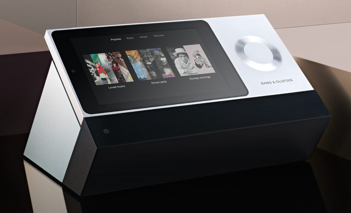 Bang-Olufsen-BeoSound-Moment-Wireless-Sound-System-No-Distraction-2.jpg
