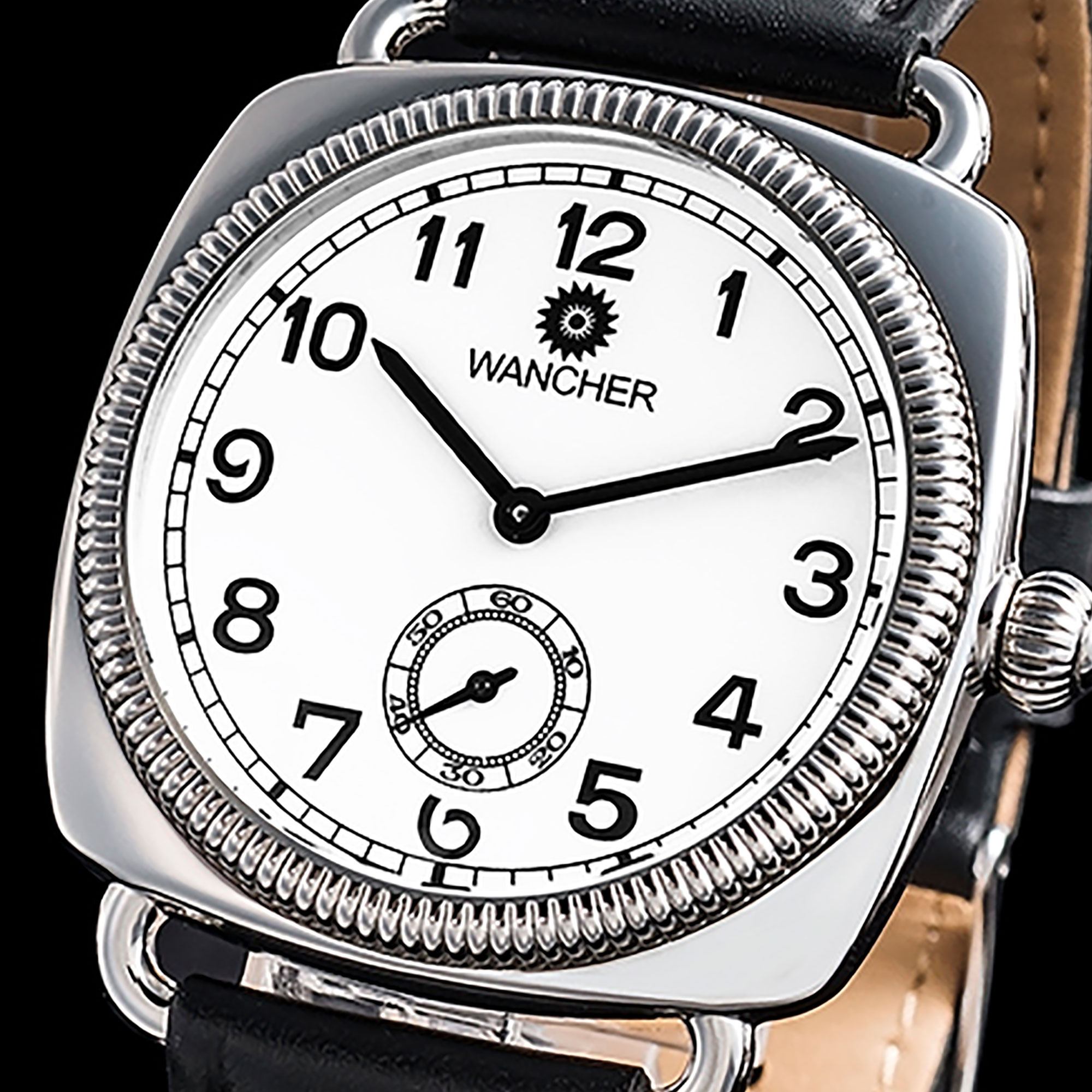 Oyster Shell Design - Oyster shell shape makes the design of the watch stunning from the first sight. High-quality 316L stainless steel case is crafted by resembling the seashell shape which belongs to the contemporary designs of the 20s.