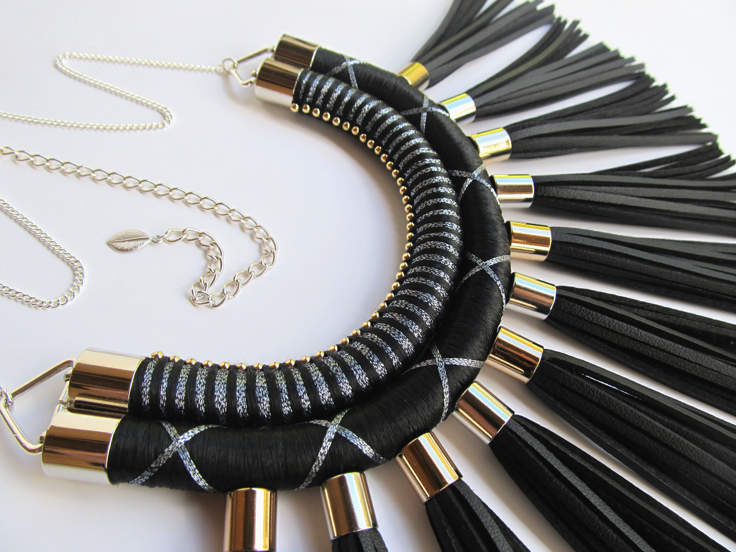Tangelo Tree jewelry handcrafted in New Zealand, check out www.marysavel.com/blog to read all about this exciting designer