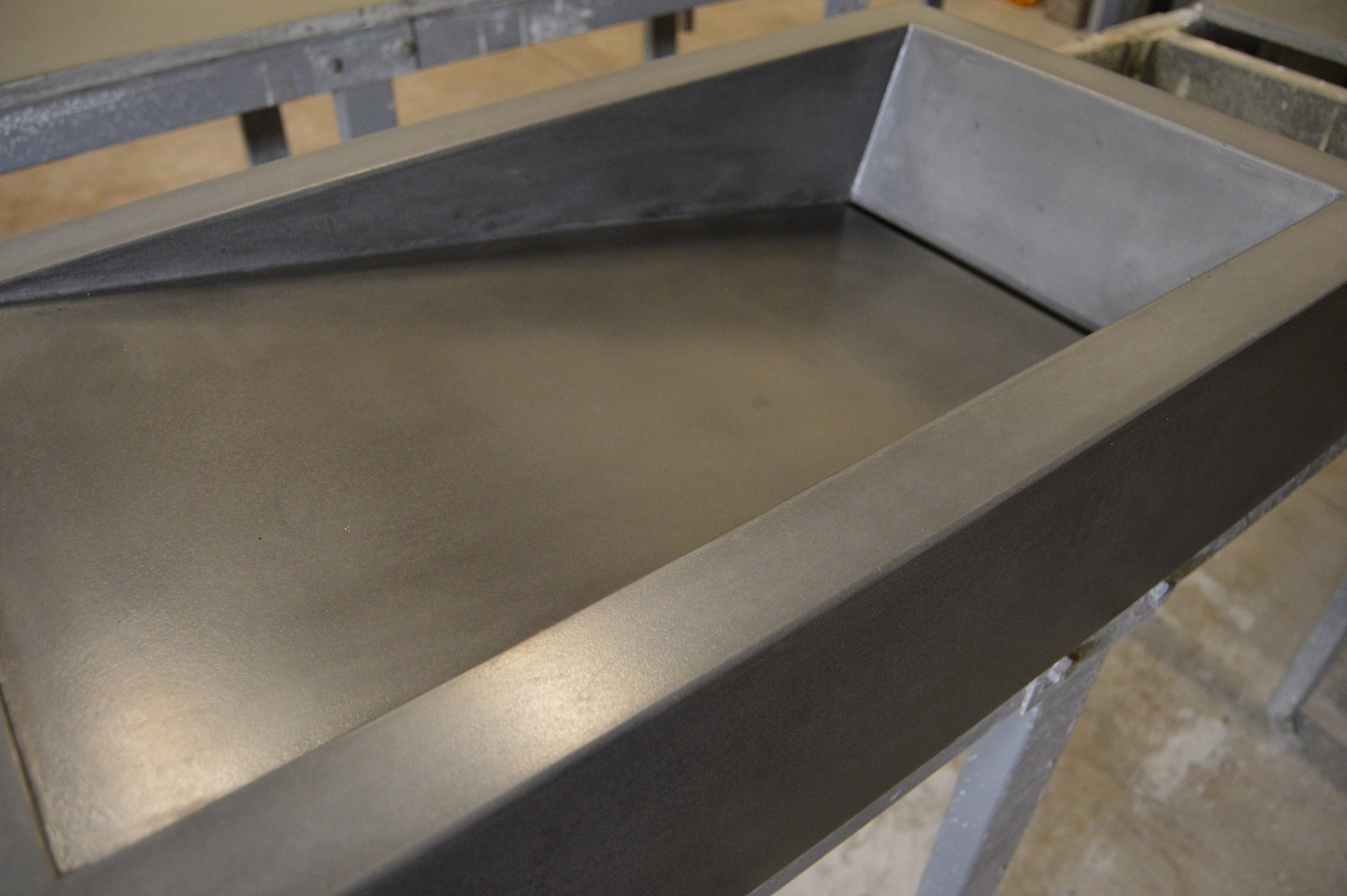 Concrete Side Ramp Sink