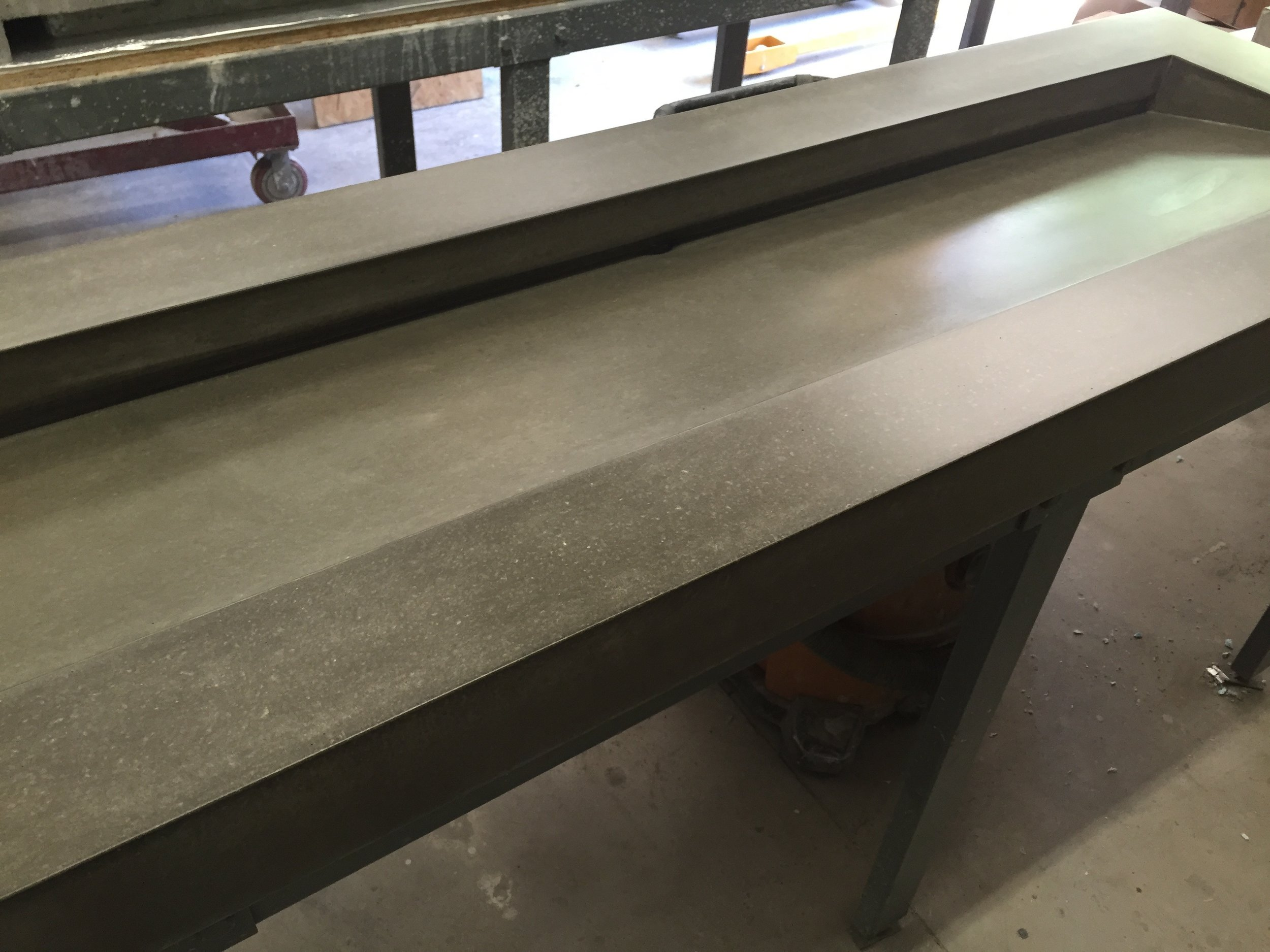 Large Concrete Ramp Sink