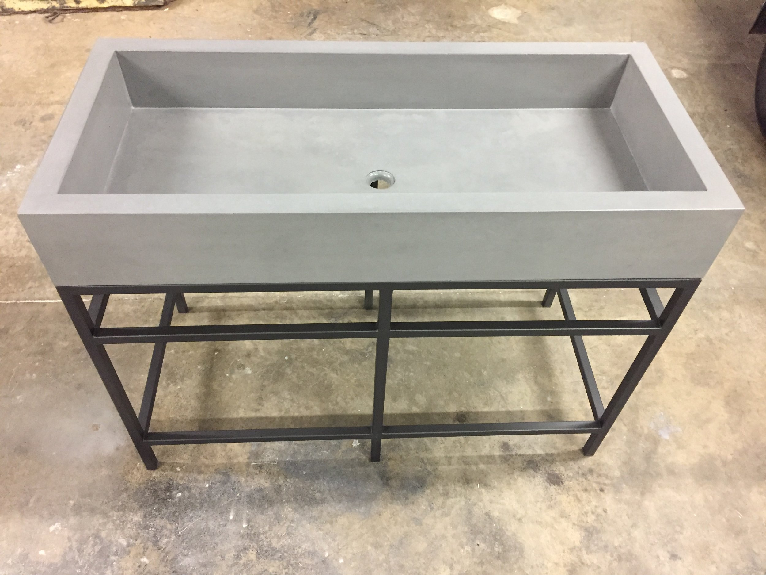 "48"" FARM SINK ON STEEL BASE"