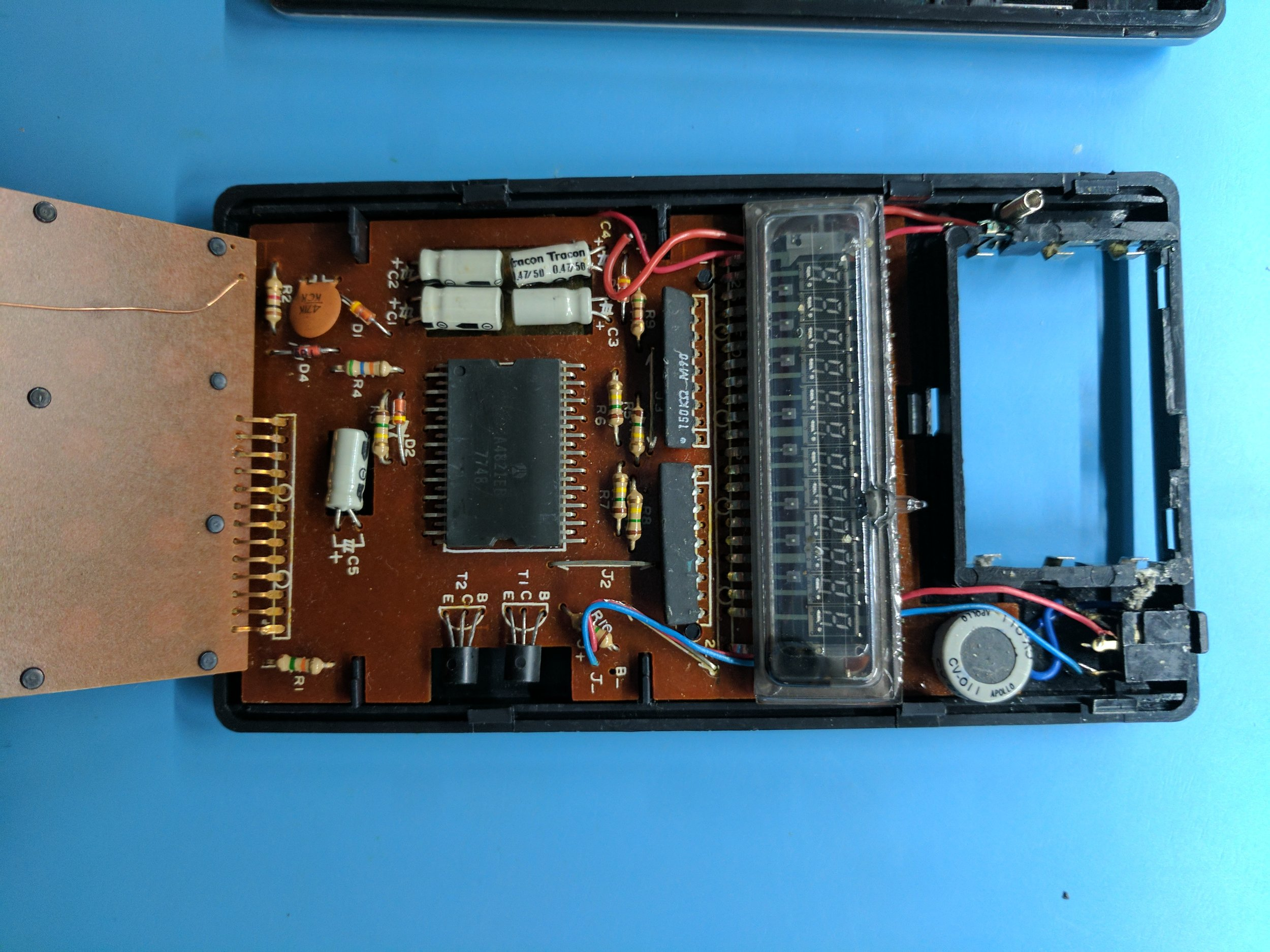 Reverse-engineering the 1977 Unisonic 21 calculator/game (part 1