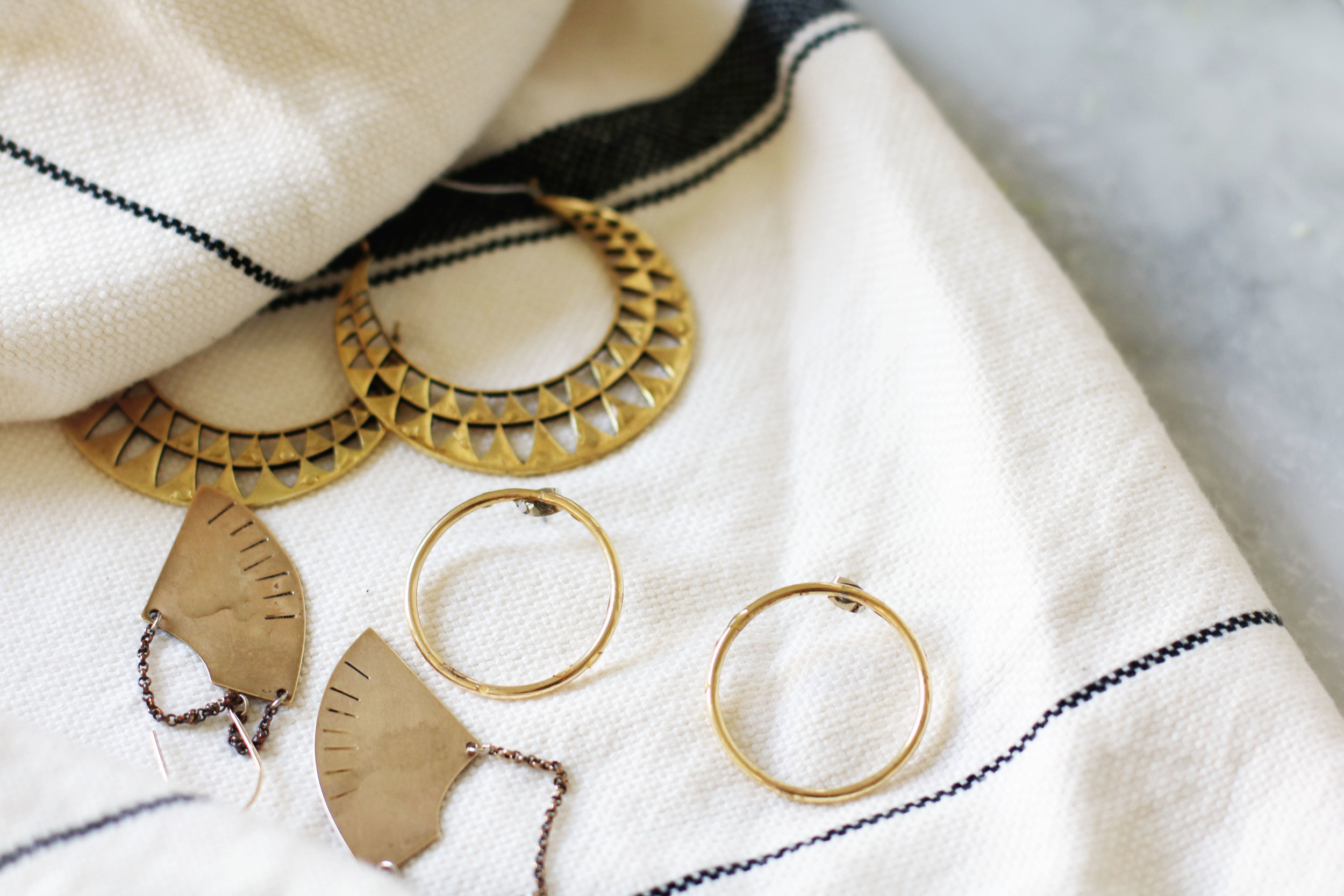 Make It New Clean Your Brass Jewelry With Lemon And Baking Soda Birds Of A Thread