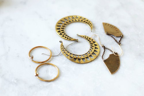 Make It New Clean Your Brass Jewelry With Lemon And Baking Soda