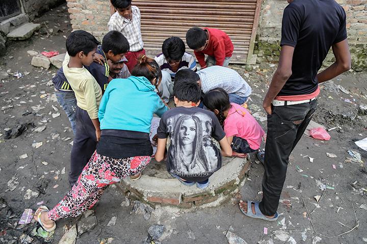 ©nathandehart-nepal-children-9.jpg