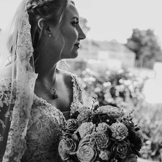What a gorgeous couple I had the opportunity to photograph last weekend 💕#wedding #weddingphotography #bride #newlyweds #husbandandwife #fatherofthebride #ohiophotographer #ohioweddings #ohioweddingphotographer #nataliebowersphotography