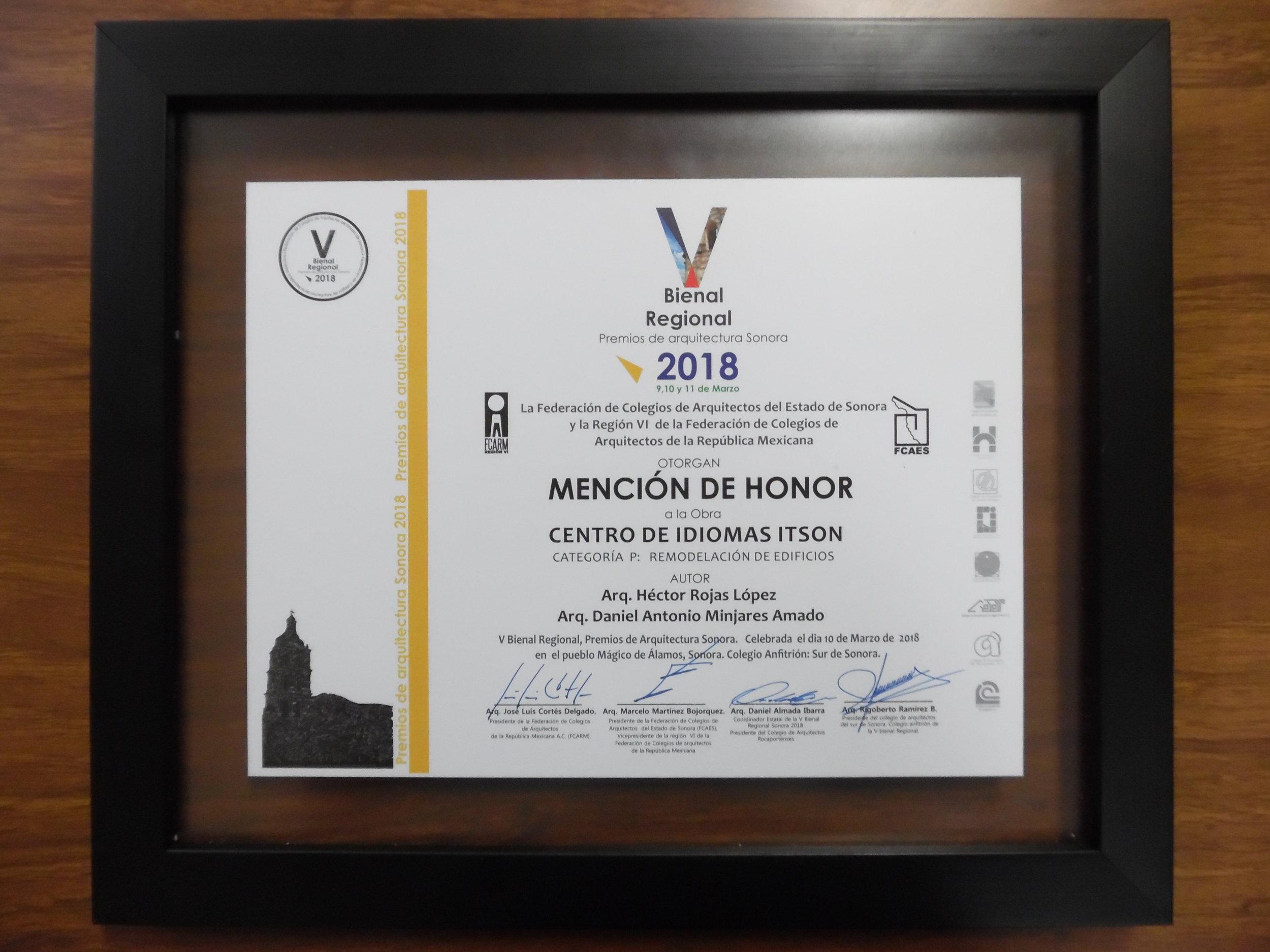 V BIENAL ARQ - MENCIÓN DE HONOR.JPG