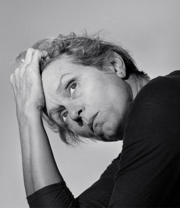 "frances mcdormand, the natural (nyt mag)     Shortly after returning from Paris, I received an email from her with the subject line ""My head shot."" It contained a photograph of her floating naked in a lake."