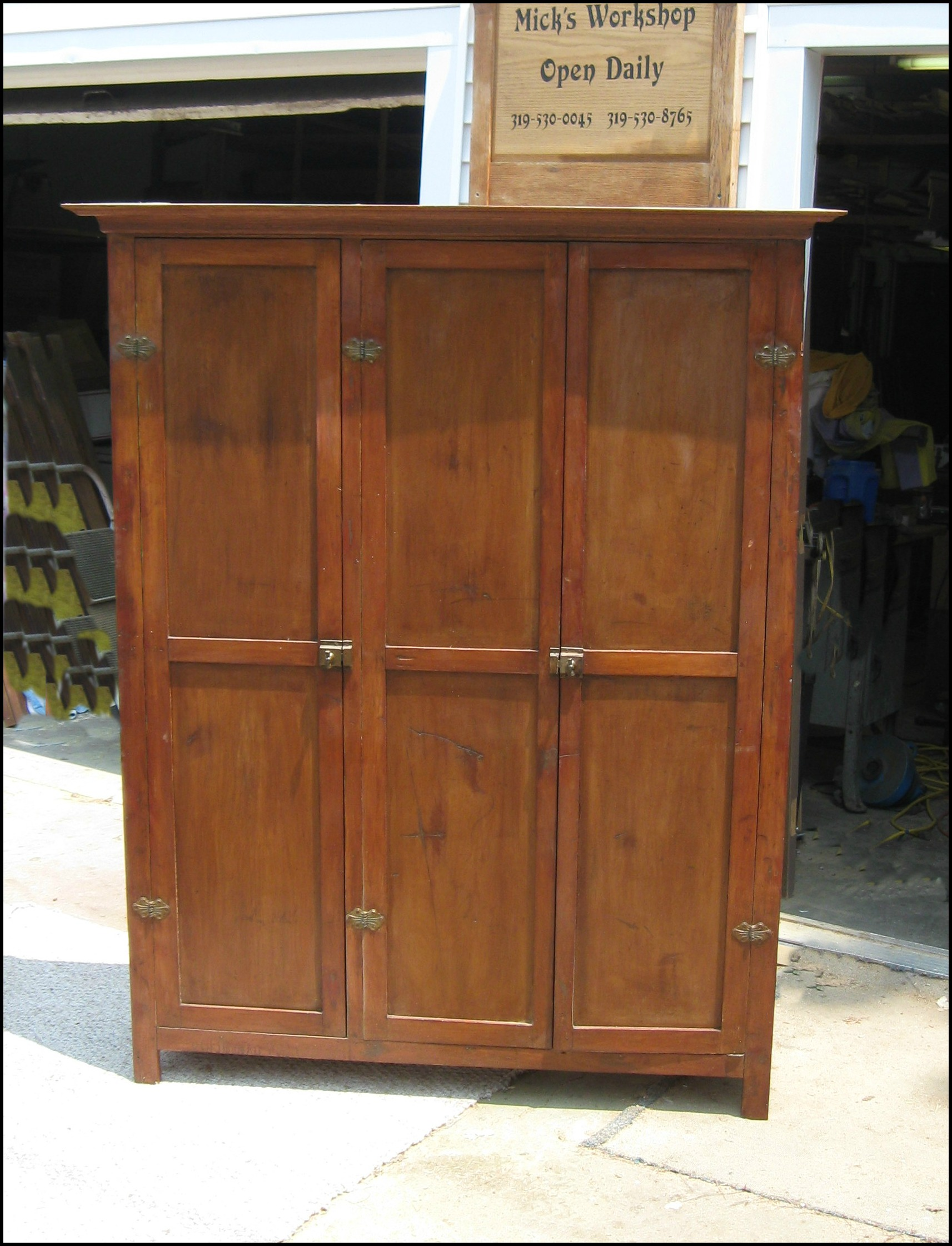 Mick Vevera 2015 Jelly Cabinet $150/sold