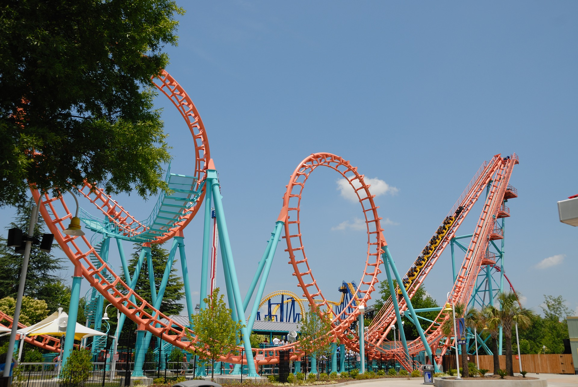 roller-coaster-1639877_1920.jpg