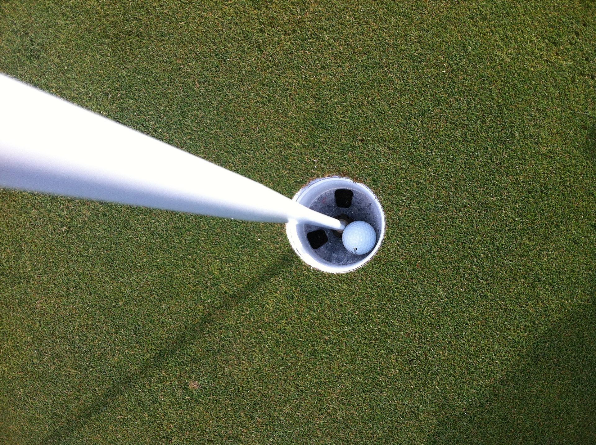 golf-1170716_1920.jpg
