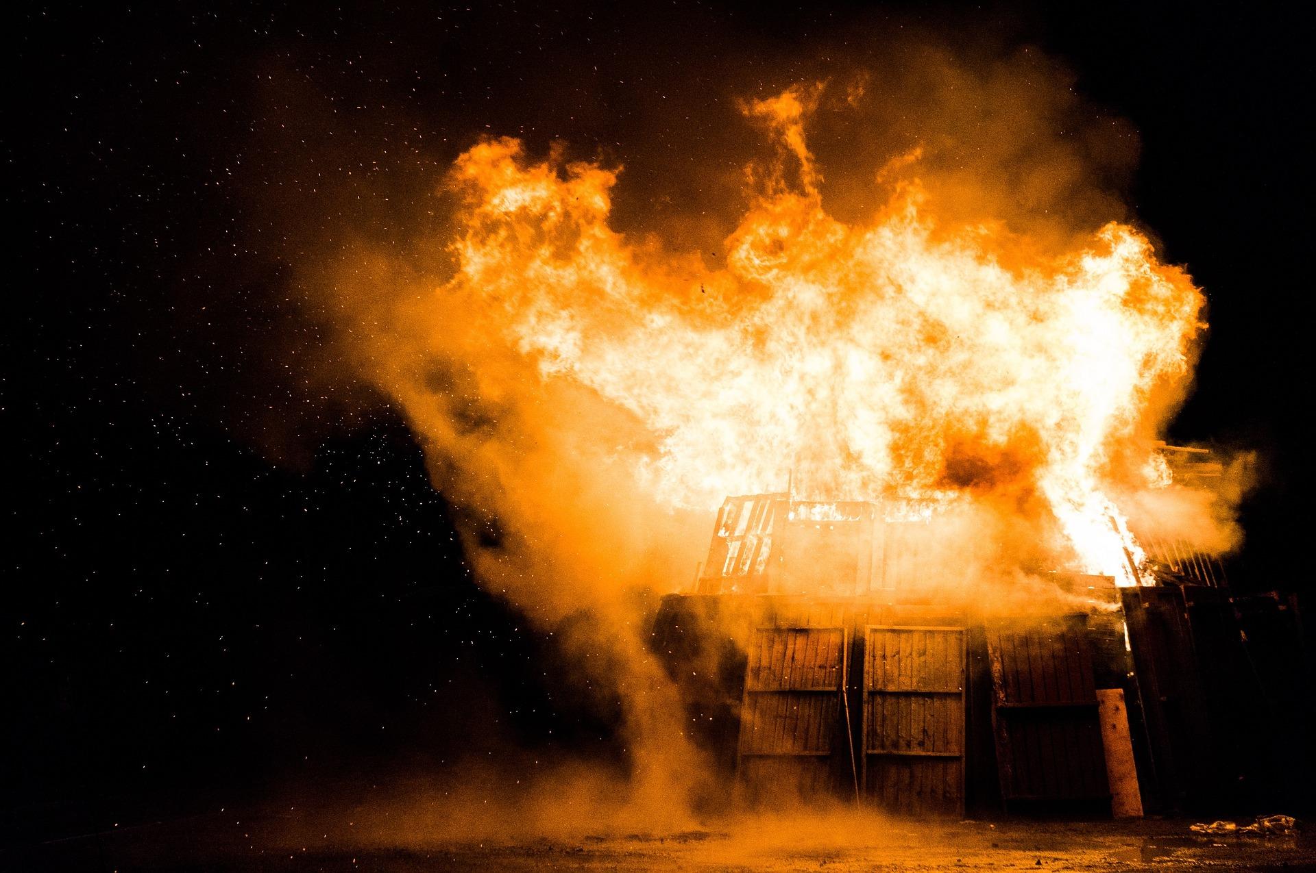 fire-1030751_1920.jpg