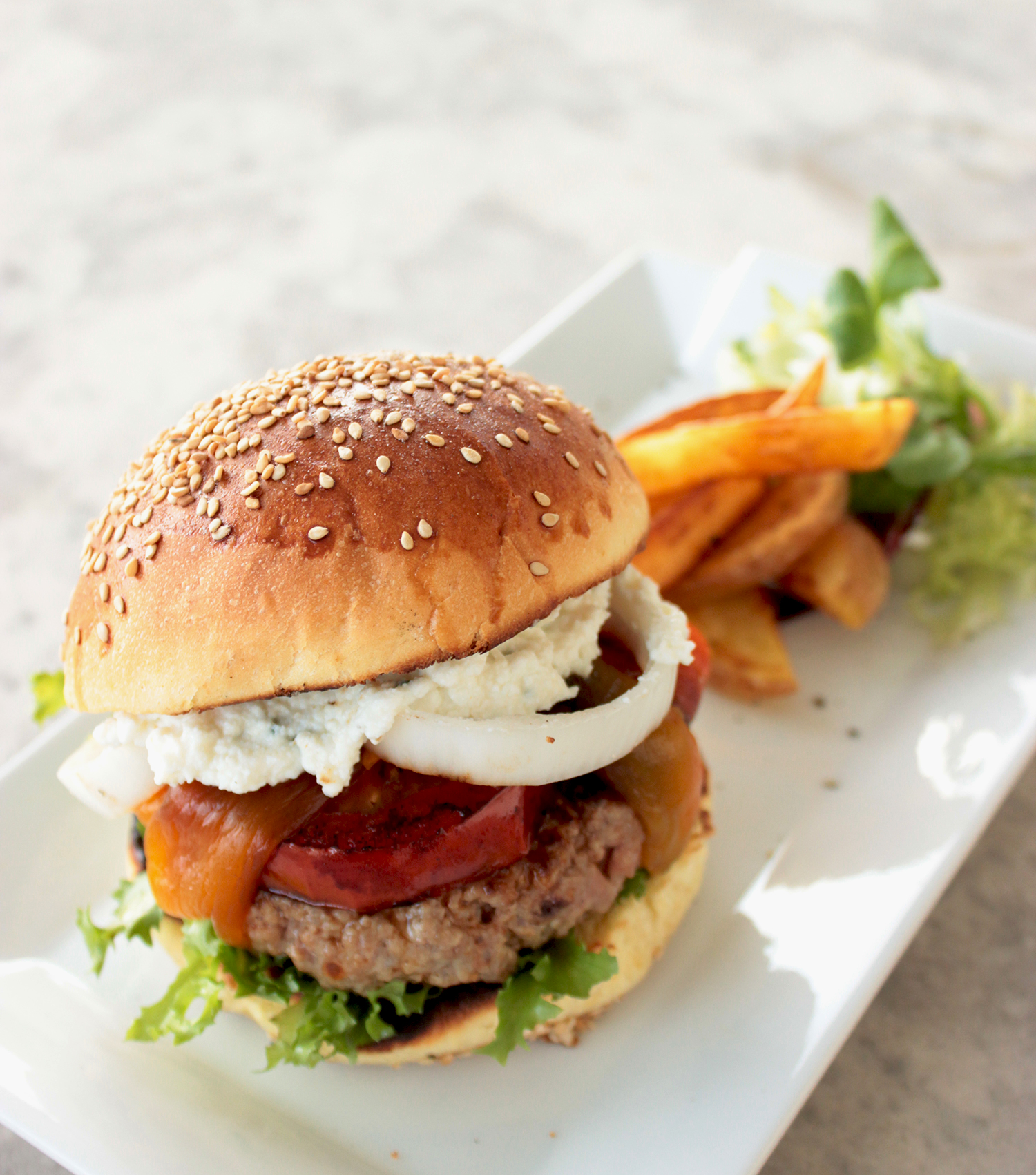 The Petite Cook's Summer Country Burger