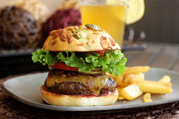 PatioDaddio Blue Ribbon Burger