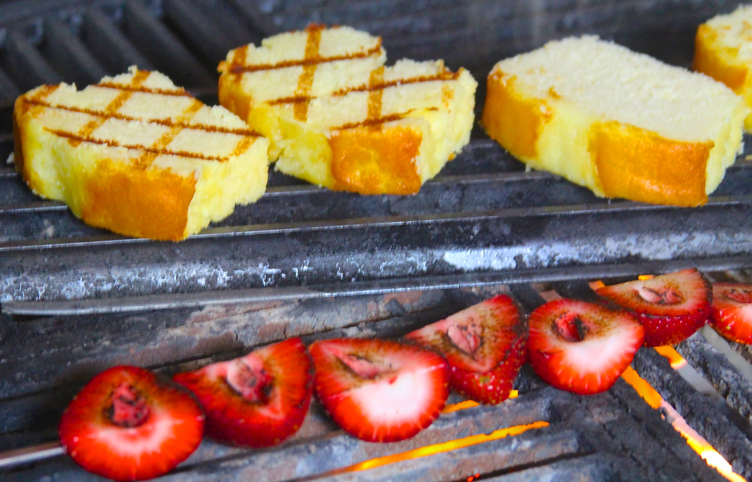 Grilled Strawberries and Poundcake