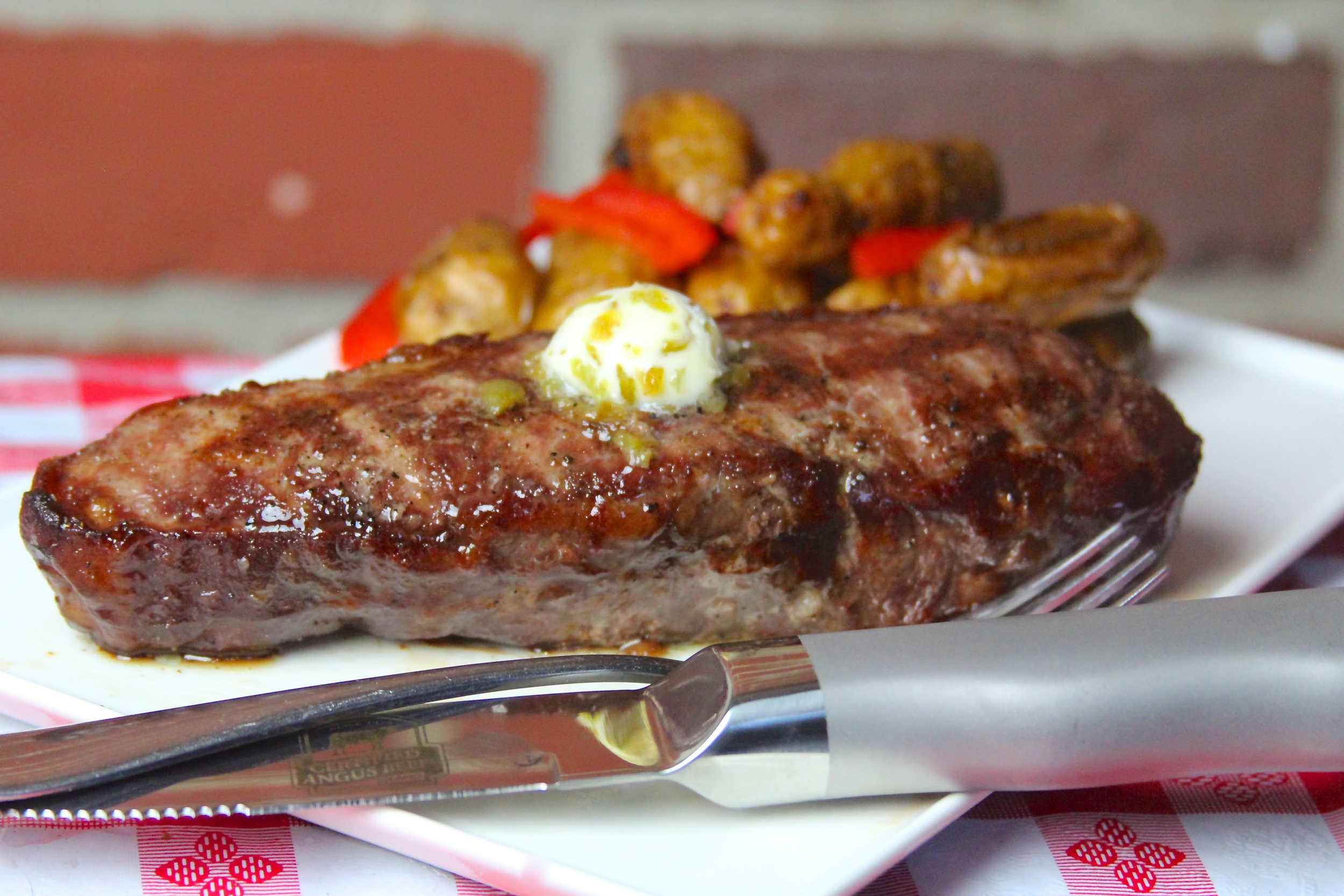 Sous Vide Grilled Strip Steak