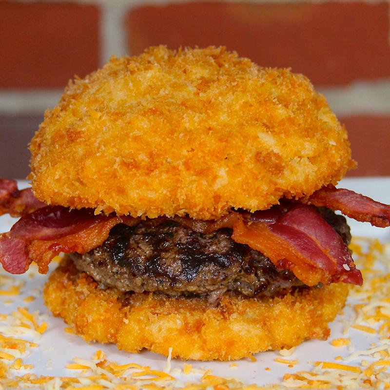 Mac-and-Cheese Bun Cheeseburger