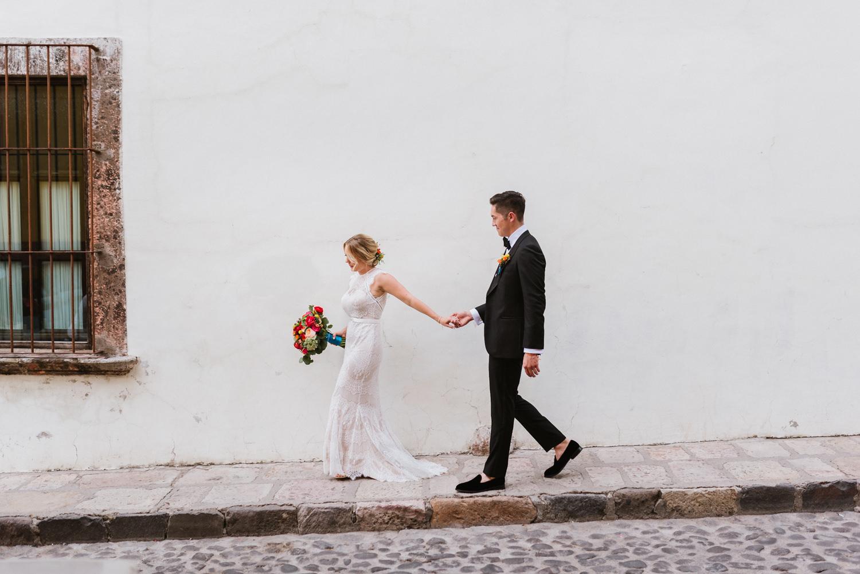 boda-con-inspiracion-mexicana-en-san-miguel-de-allende-delia-hurtado-49.jpg