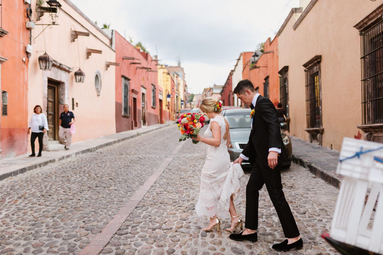boda-con-inspiracion-mexicana-en-san-miguel-de-allende-delia-hurtado-54.jpg