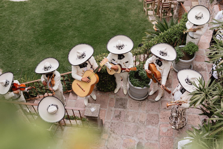 boda-con-inspiracion-mexicana-en-san-miguel-de-allende-delia-hurtado-87.jpg