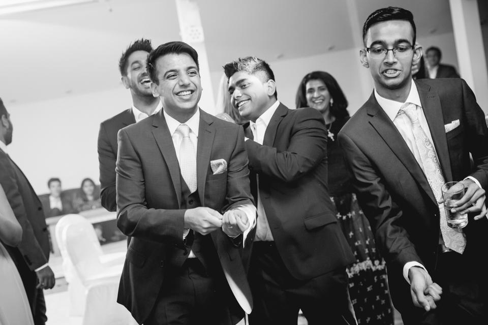 London Wedding Photographer Asian Wedding Jagruti&Nikhil London Wedding070.jpg