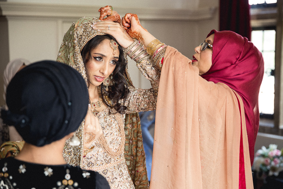 London_Wedding_Photographer_Natural_Candid_Asian_Hana&Maulic-39.jpg