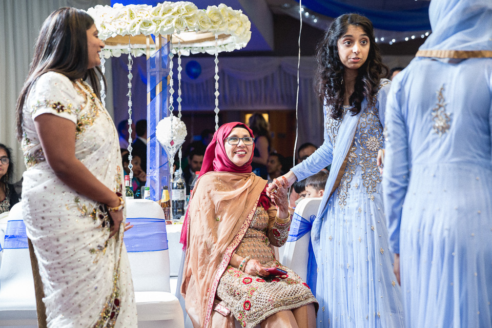 London_Wedding_Photographer_Natural_Candid_Asian_Hana&Maulic-177.jpg