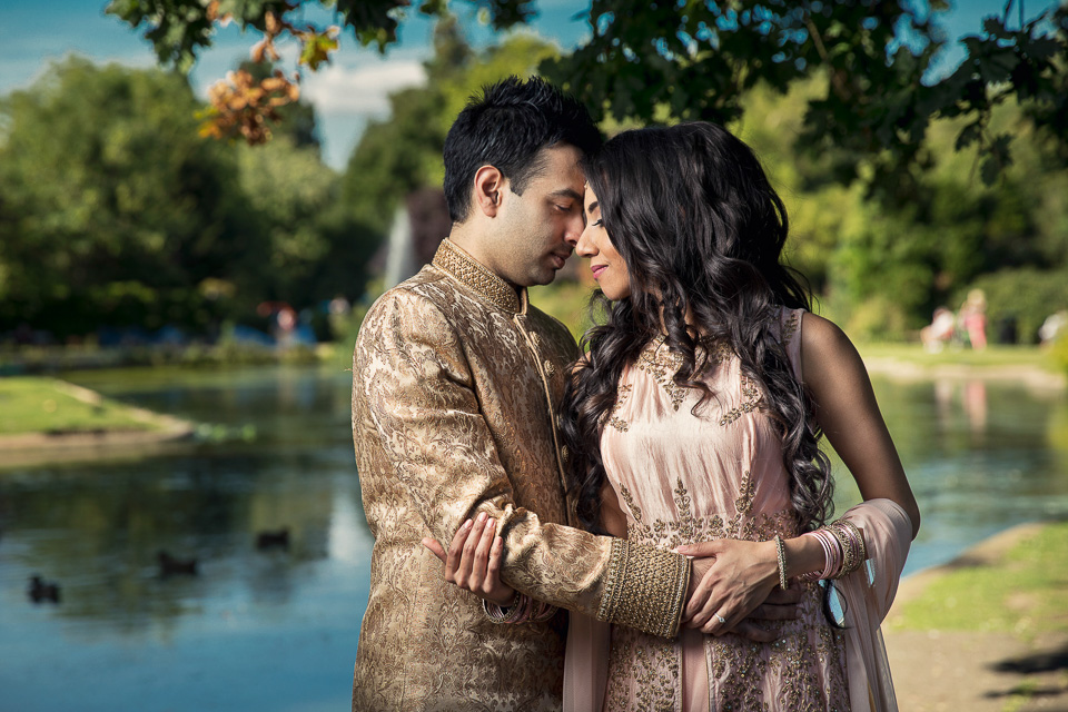 London Wedding Photographer Engagement Photoshoot London Indian Wedding -7.jpg
