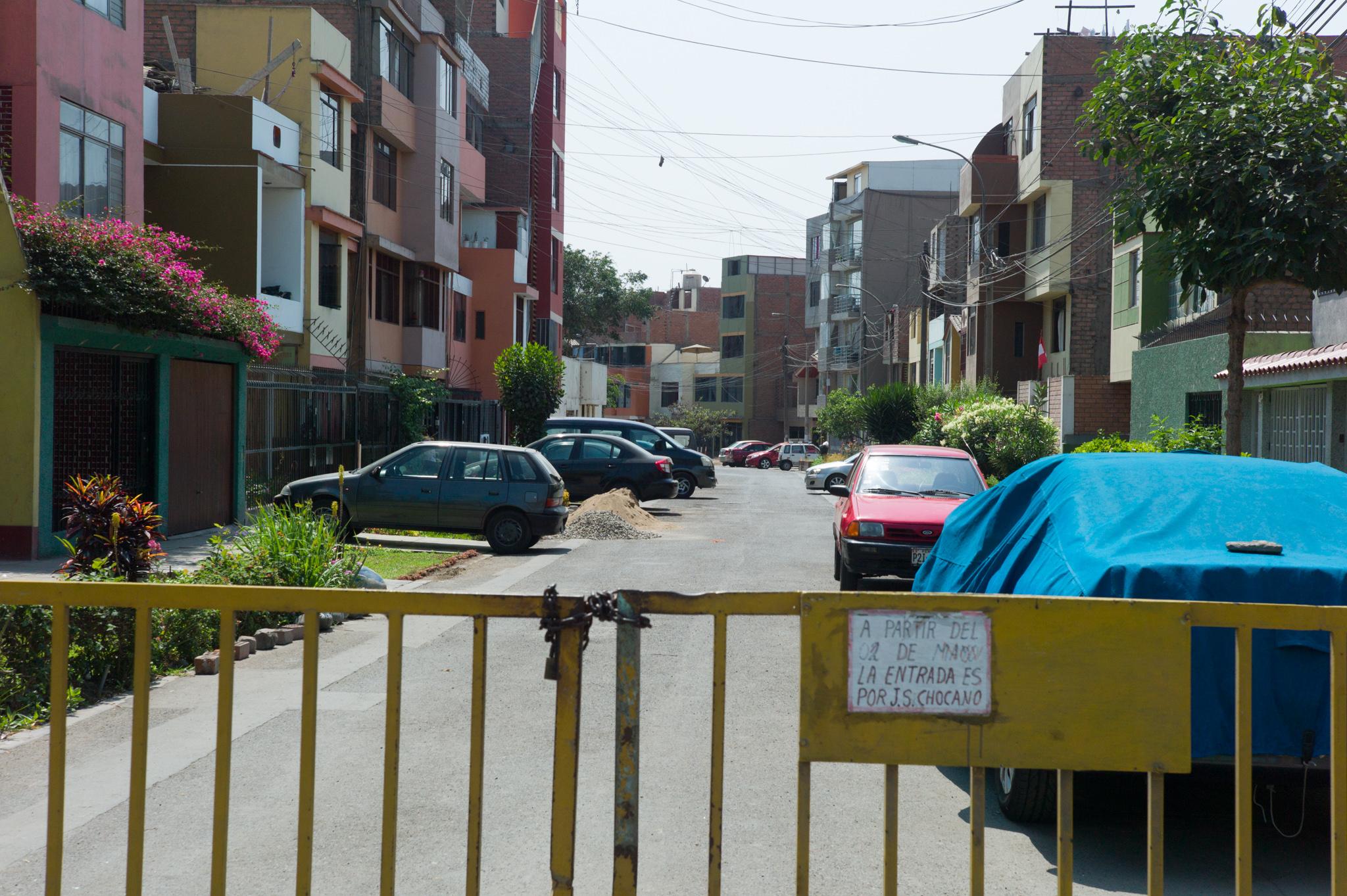 Gated communities in Los Olivos.